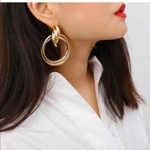 Jewelry - Double hooped Earrings